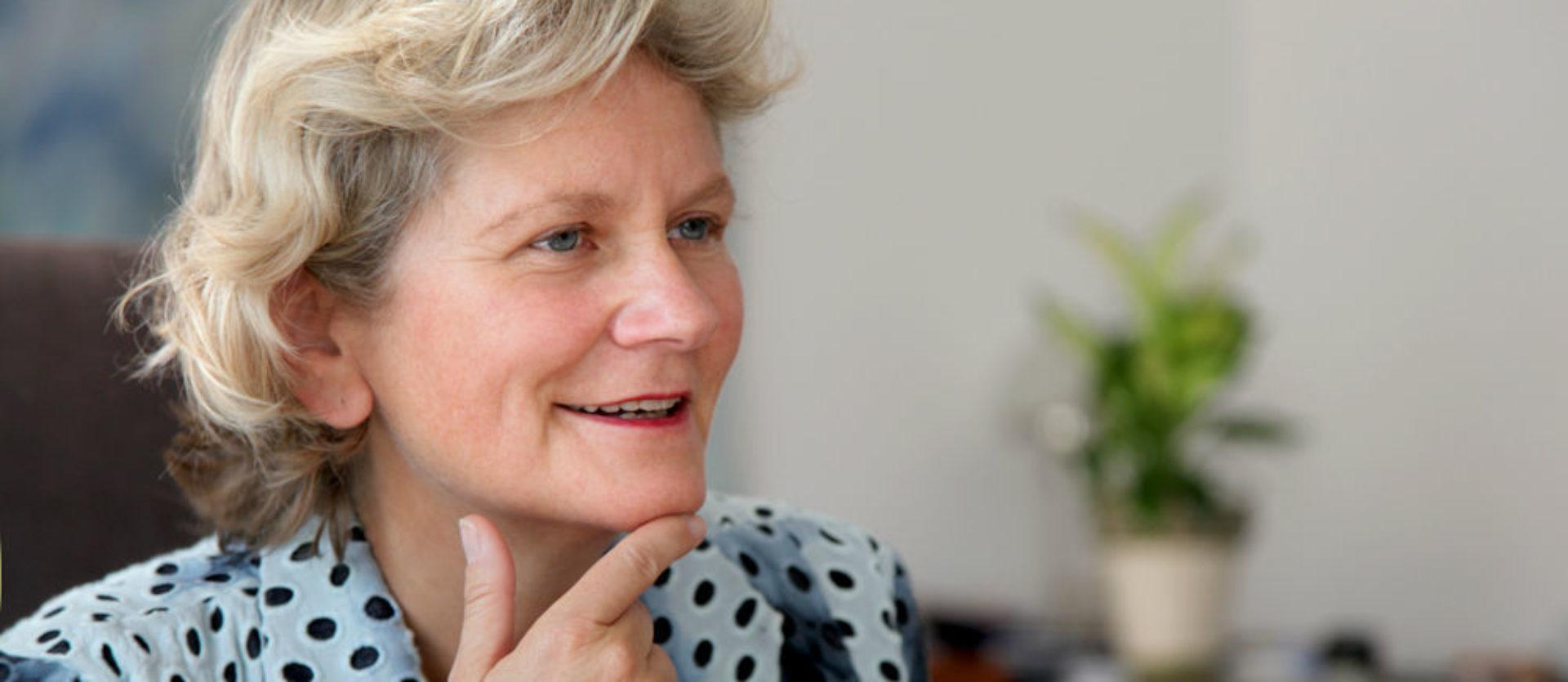 Dr. phil. Corina Ahlers
